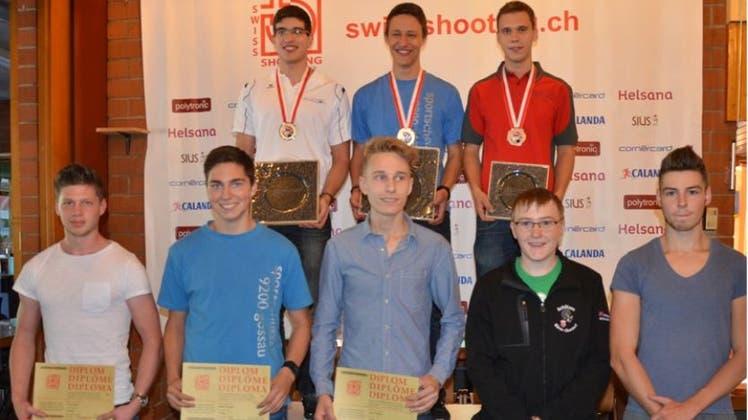 Dürr und Hofstetter sind Juniorenmeister Dreistellung G50m