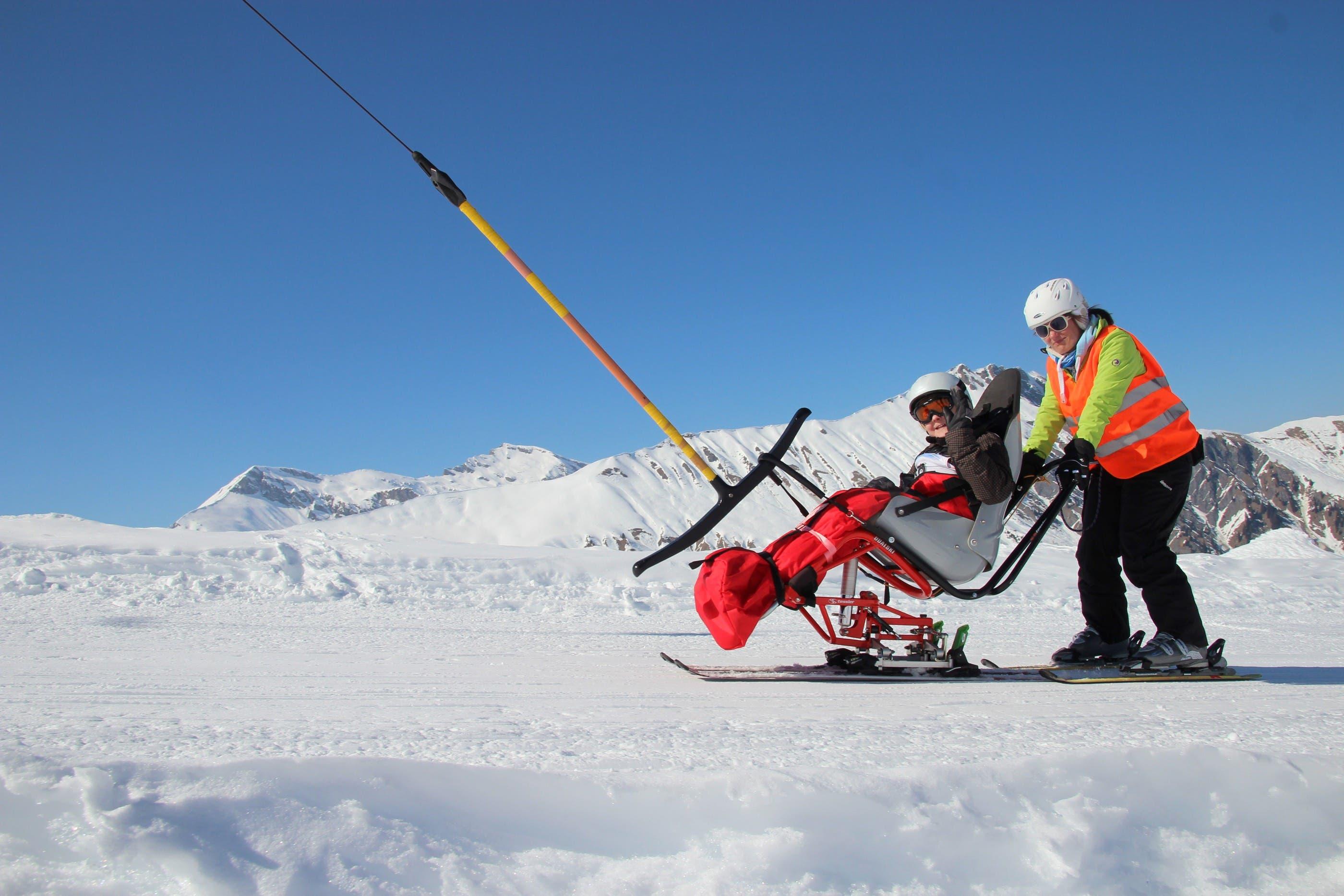 Die Schüler des Zentrum für körperbehinderte Kinder Aarau verbrachten im Skilager eine sonnige Woche in der Lenk.