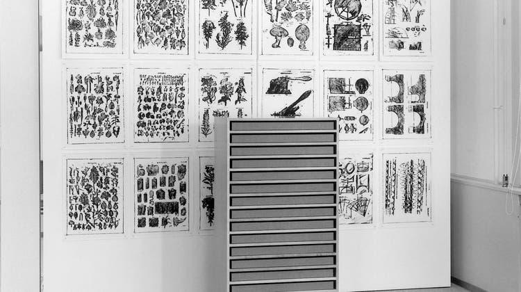 Drucke und Zeichnungen von Matt Mullican an der ETH Zürich