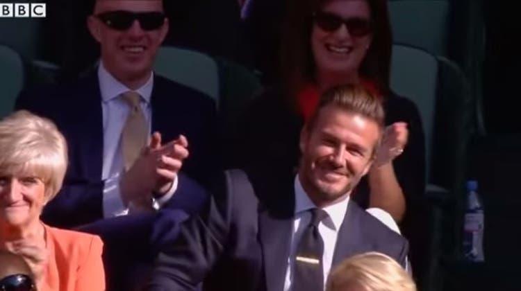 Er hätte Goalie werden müssen: Beckham fängt einen Wimbledon-Ball