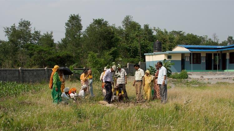 Nur einige Risse: Schwemmers Altersheim in Nepal steht noch