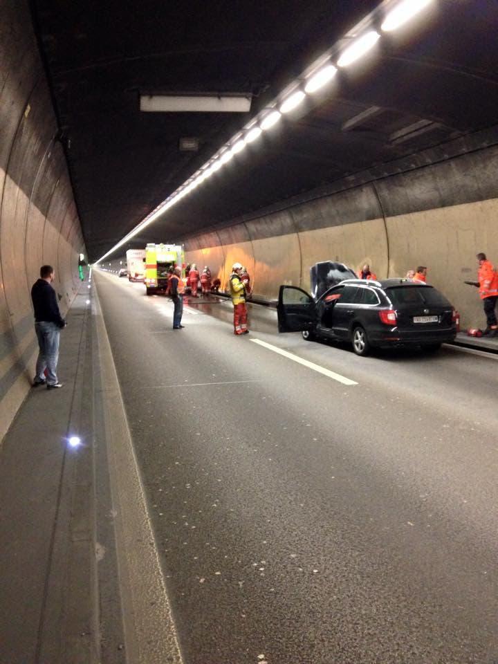Der Gubrist-Tunnel war am Mittwoch für zirka 75 Minuten in beide Richtungen gesperrt.