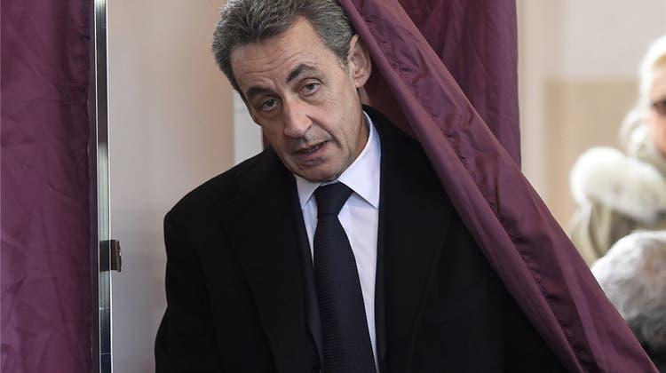 Ex-Premier Jean-Pierre Raffarin: «Die Republik bricht zusammen»