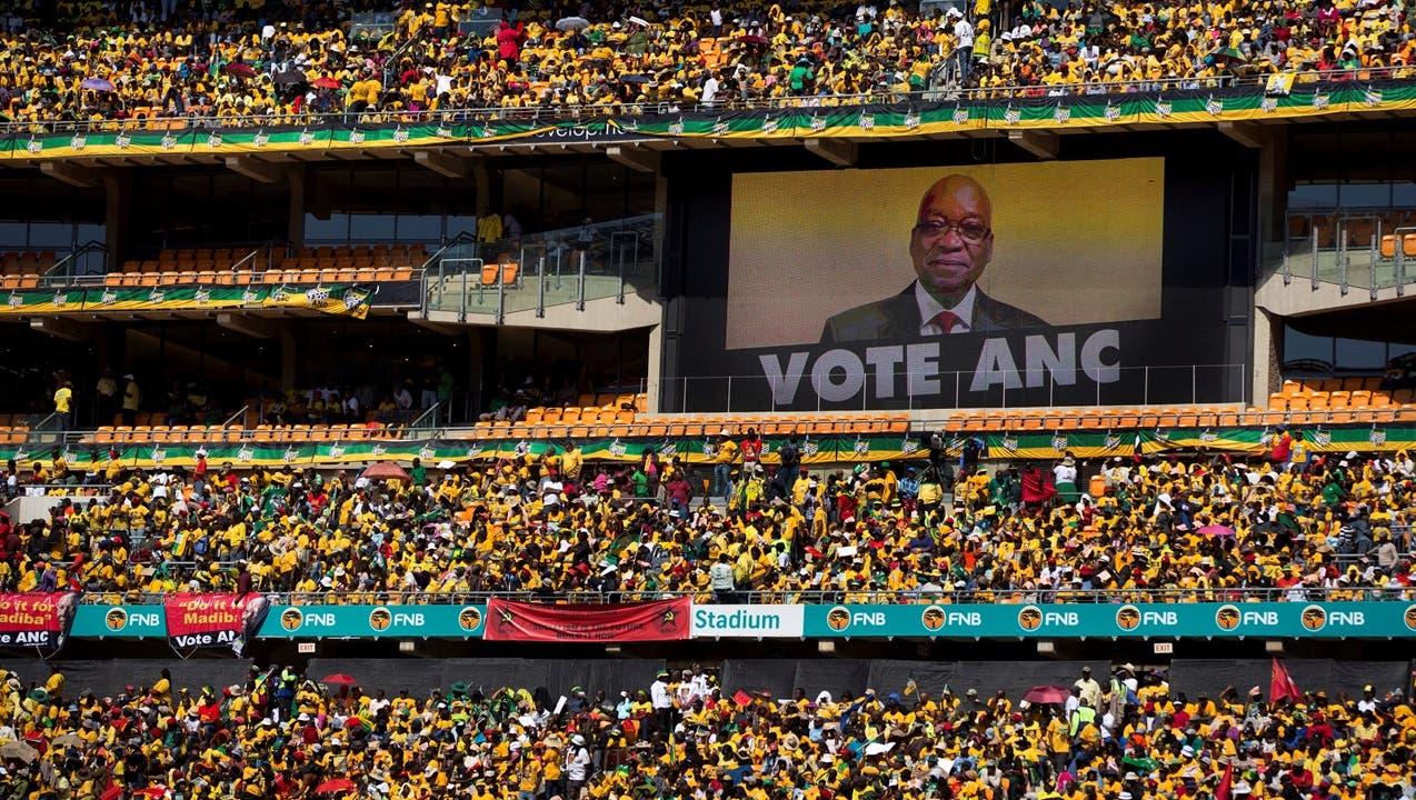 Mandelas Partei versinkt im Machtkampf und der Korruption