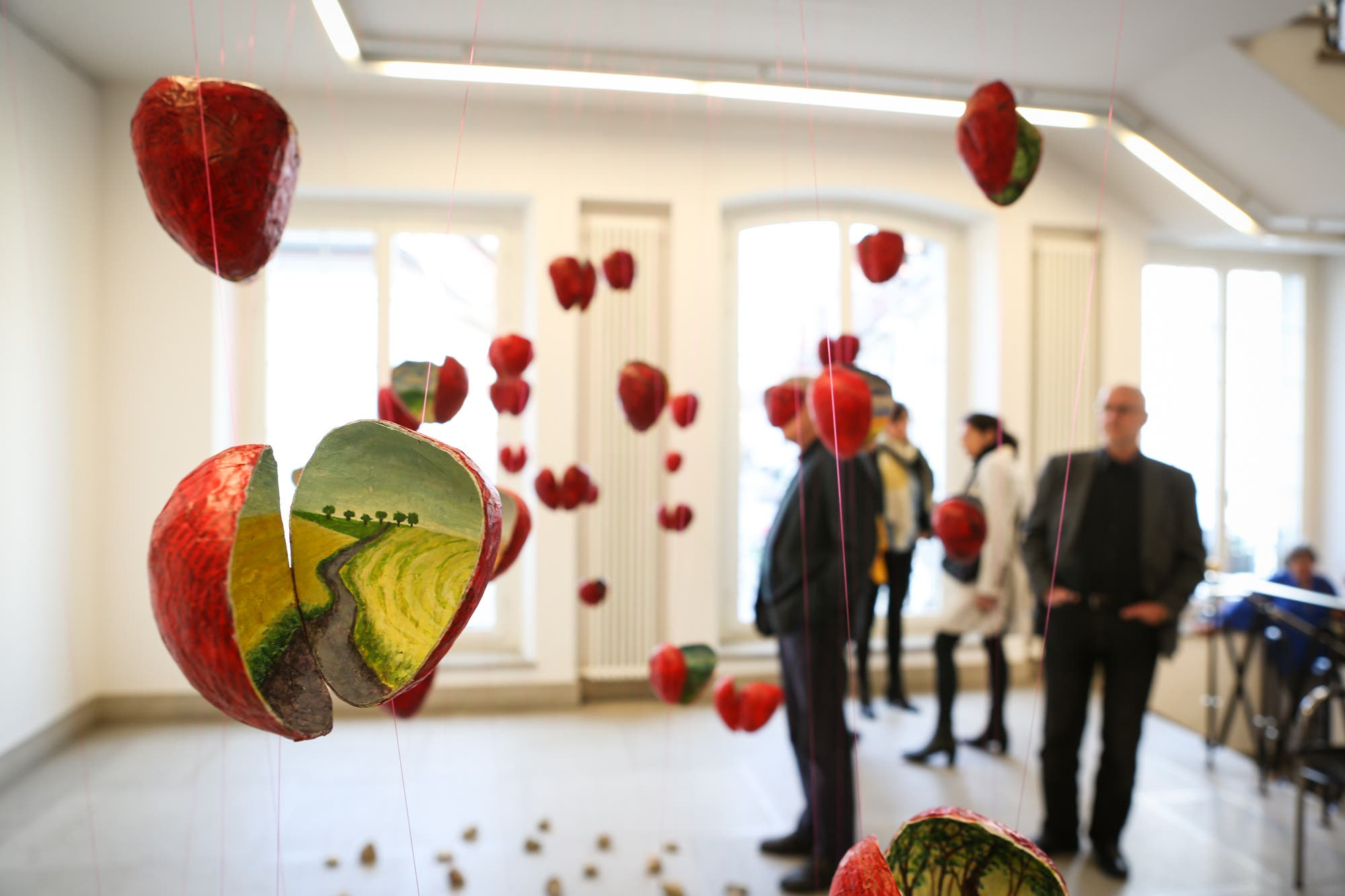 Ausstellung «In die Tiefe steigen» von Sara Rohner im Rathaus Aarau