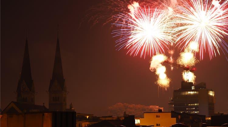Für 5000 oder 20500 Franken: Wer hat das schönere Feuerwerk?