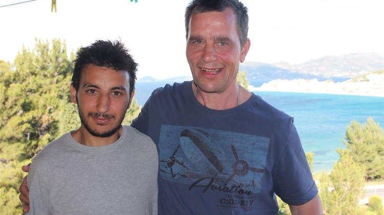 33 Jahre lang fuhr er nach Samos in die Ferien – diesmal gehts ins Flüchtlingslager