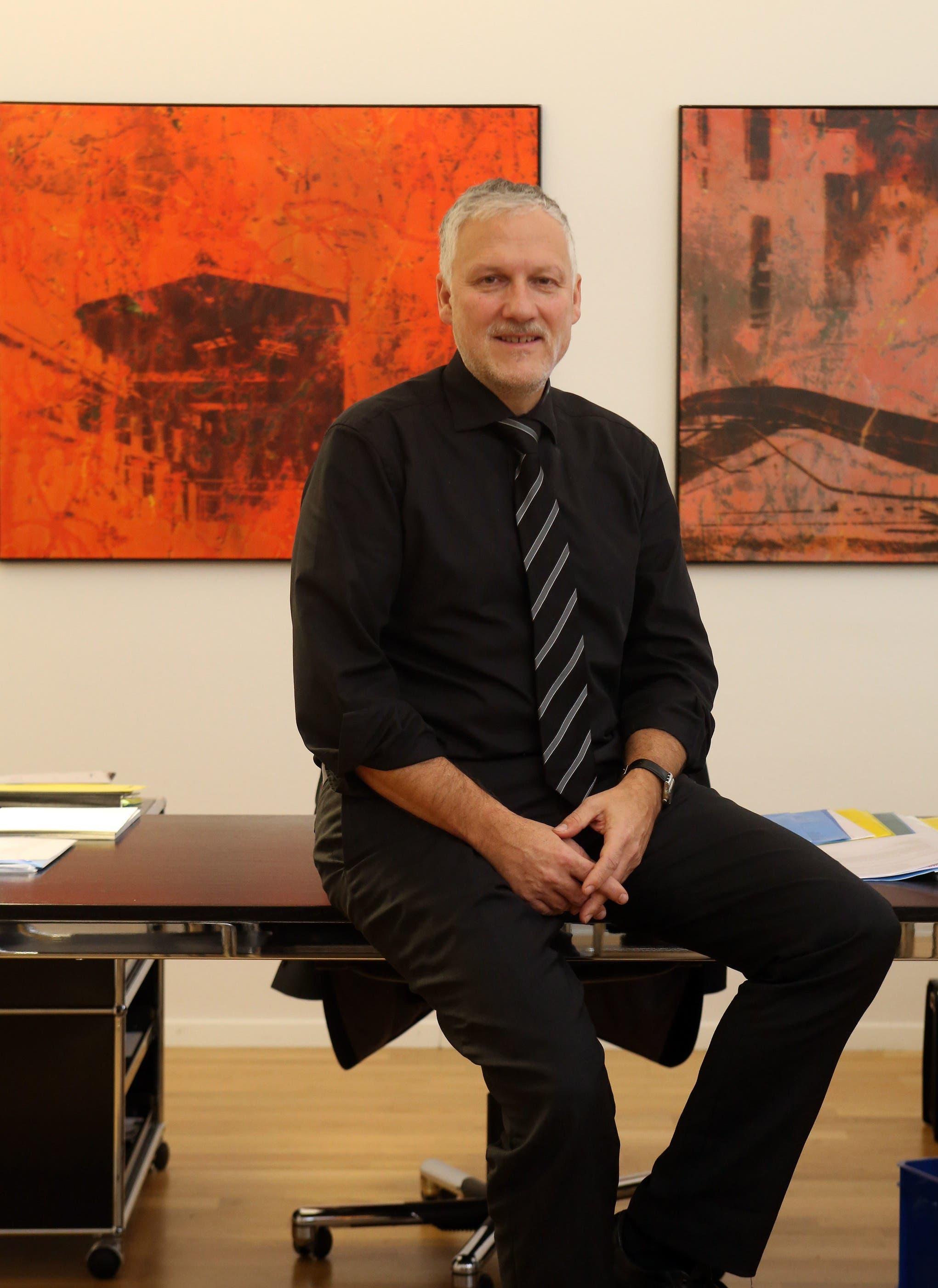 Peter Gomm in seinem Büro