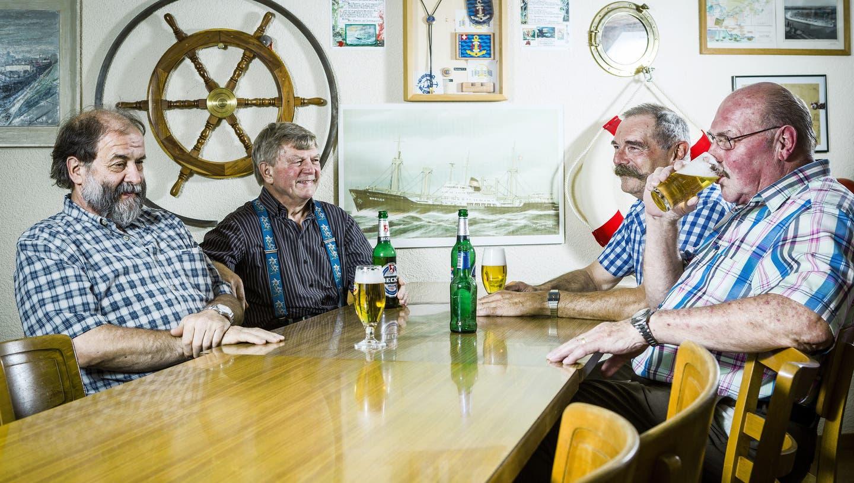 75 Jahre Schweizer Hochsee-Schifffahrt: Ein Seebär weint nicht, er zahlt eine Kiste Bier