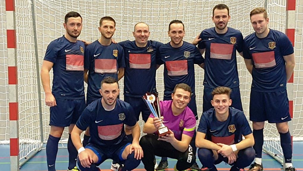 Friends United gewinnen den diesjährigen Futsal-Cup