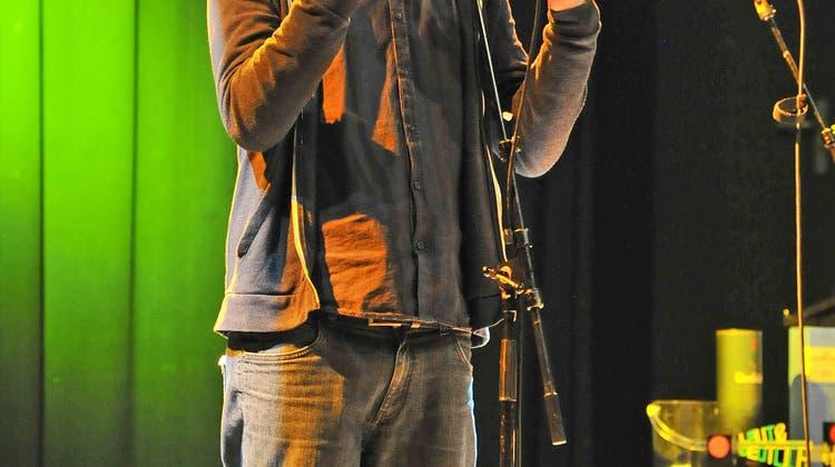Der Einheimische Kilian Ziegler stiehlt beim Poetry-Slam-Finale allen die Show