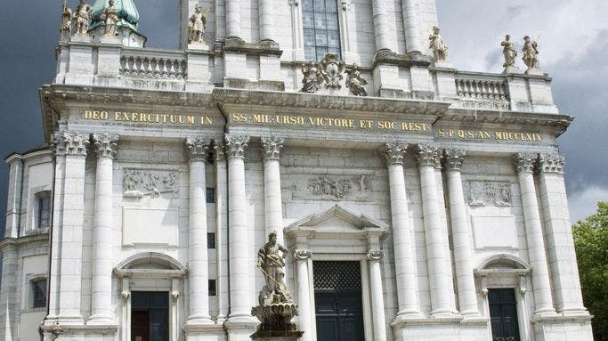Als die St.-Ursen-Kathedrale eine «Erdbebenspalte» bekam