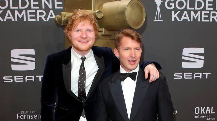 Die beiden britischen Musiker Ed Sheeran (links) und James Blunt (rechts).