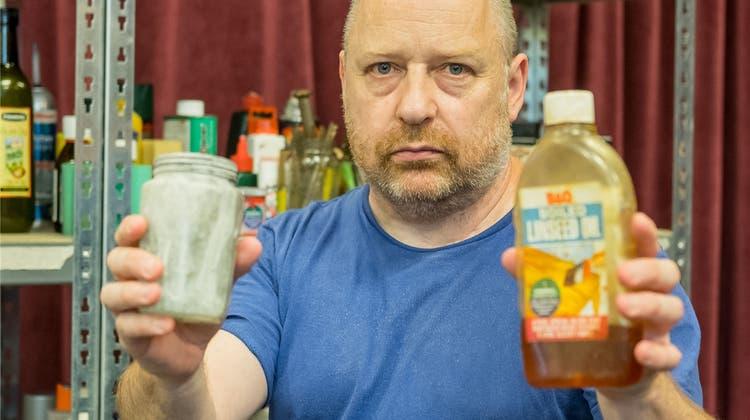 Auch eine Flasche Balsamico-Essig kann einen berührenden Hamlet spielen
