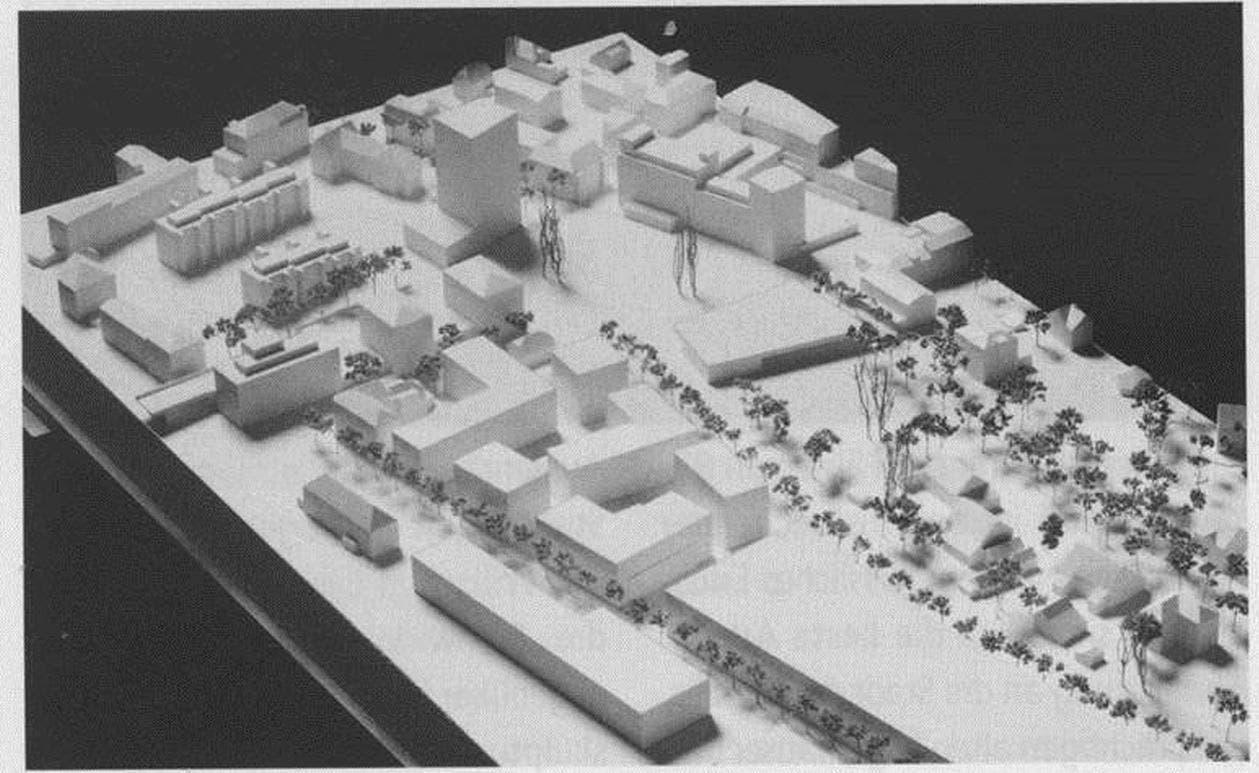 Die Pläne aus dem Jahr 2005 sahen keinen Blockrand, sondern mehrere Durchgänge vor.