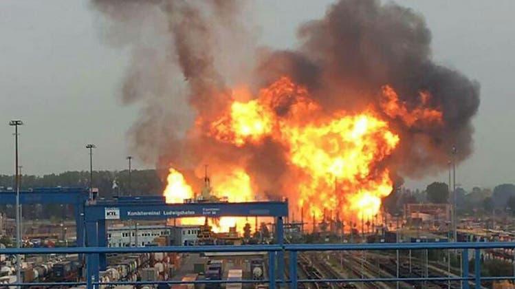 Nach Explosion in Chemiekonzern BASF: Zweites Todesopfer bestätigt – zwei weitere Menschen vermisst