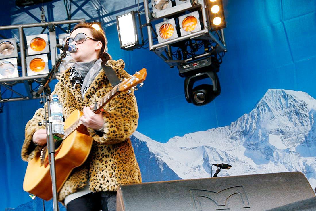 Amy MacDonald beim SnowpenAir auf der Kleinen Scheidegg.