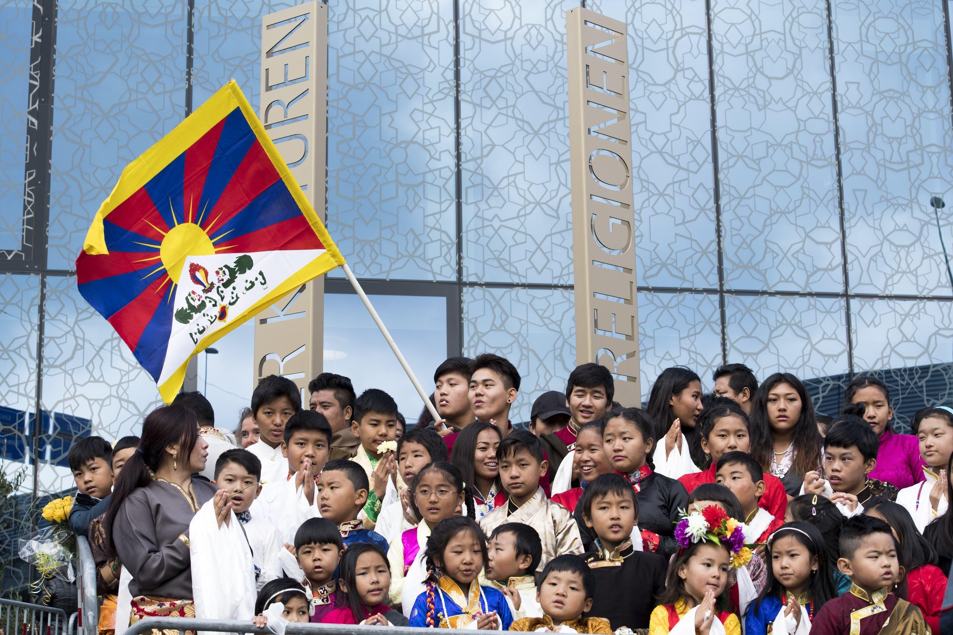 Grosser Andrang von Exil-Tibetern.