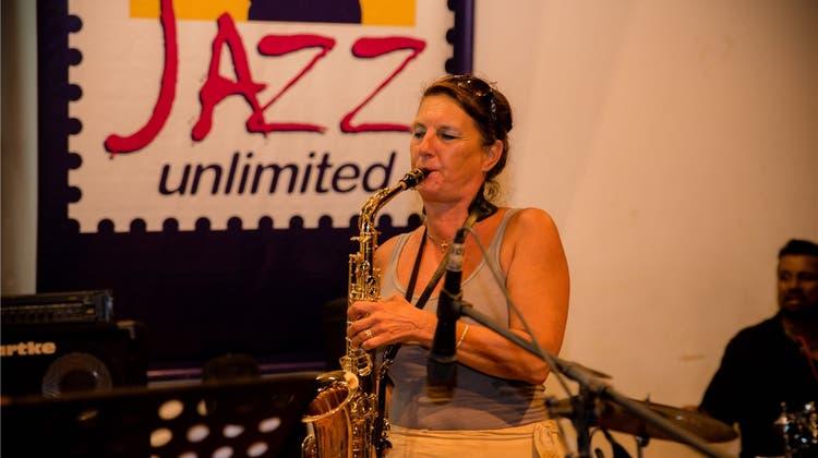 Francesca Meyer ist Botschafterin mit Sax und Flöte