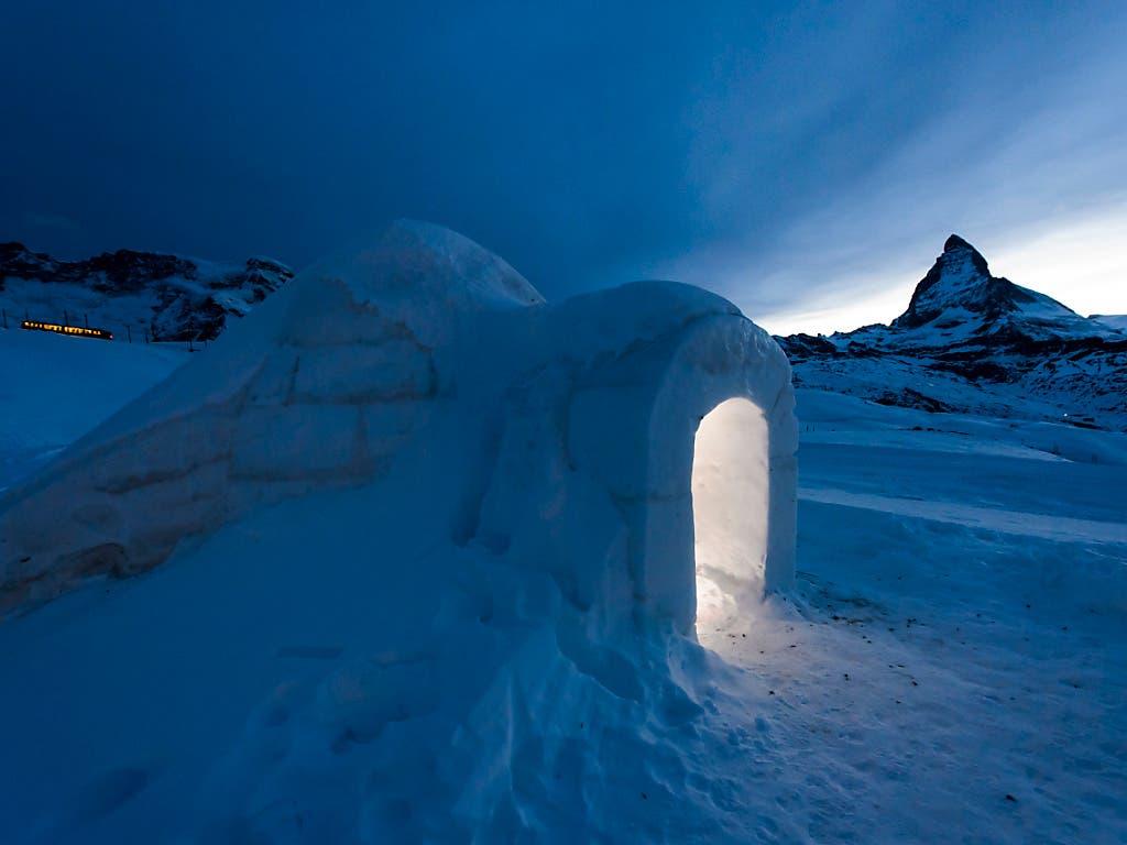 Eisige Romantik: Das Iglu-Dorf am Gornergrat bei Zermatt.