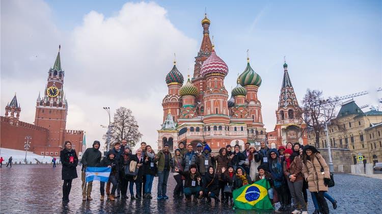 Einladung nach Moskau: Wie Putin versucht, Schweizer Journalisten zu beeinflussen