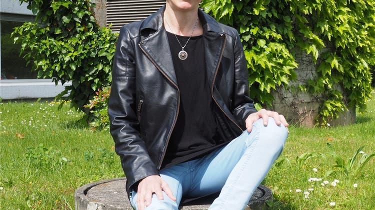 Die Frau ohne Schuhe - Ursula Kahi geht barfuss durch das Leben