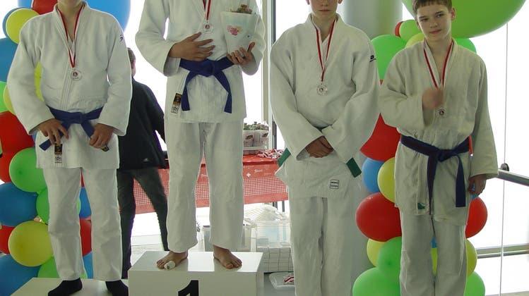 Sechs Medaillen - drei goldene - für den Judo Sport Liestal