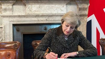 Scheidung auf Britisch: Ein riesiger Verhandlungspoker beginnt