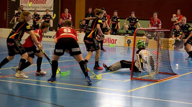 Die Damen NLB von Unihockey Basel Regio holen erneut keine Punkte