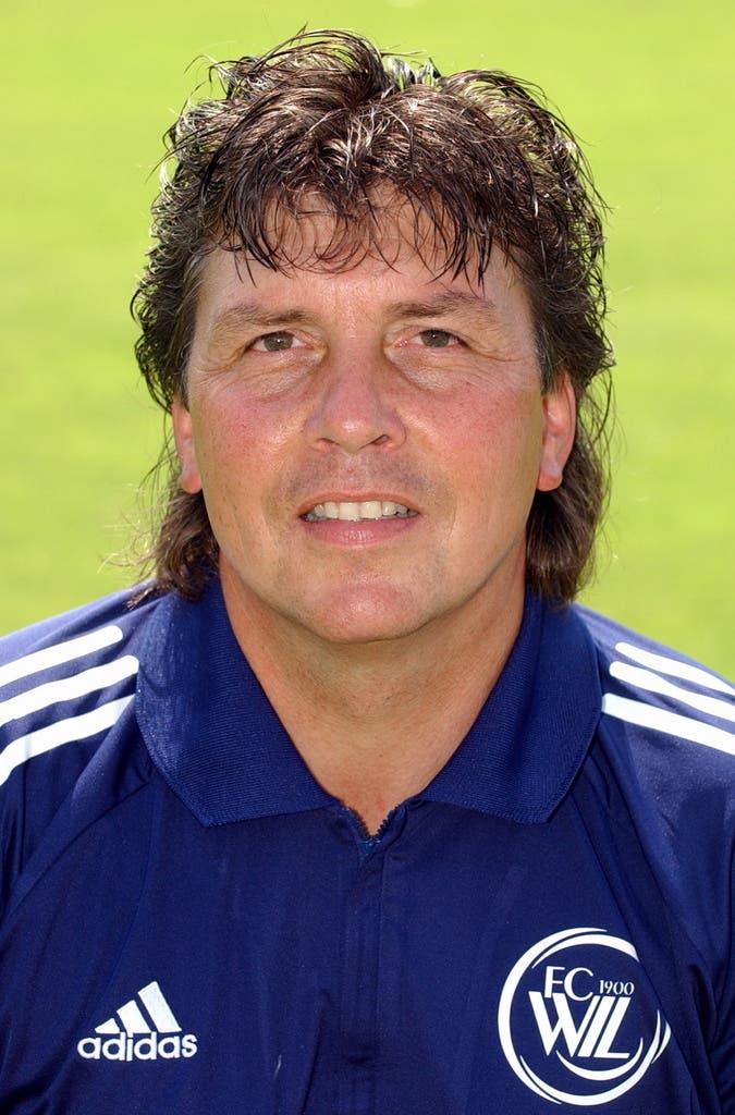 Es folgt 2003 ein Kurzzeit-Engagement beim FC Wil.
