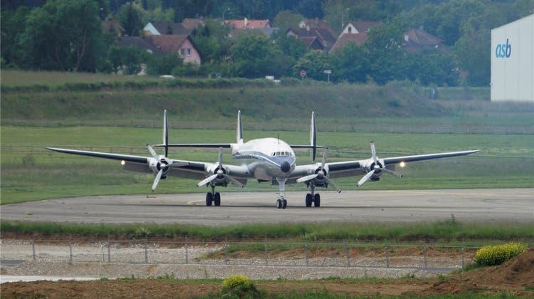 Super Connie ist am Euro-Airport startbereit für die neue Flugsaison