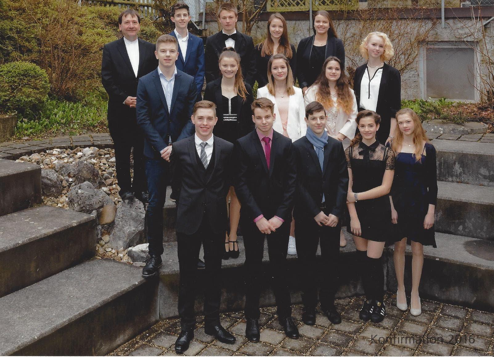 Magdener Konfirmandinnen und Konfirmanden Ihre Konfirmation fand am 6. März in Rheinfelden statt.