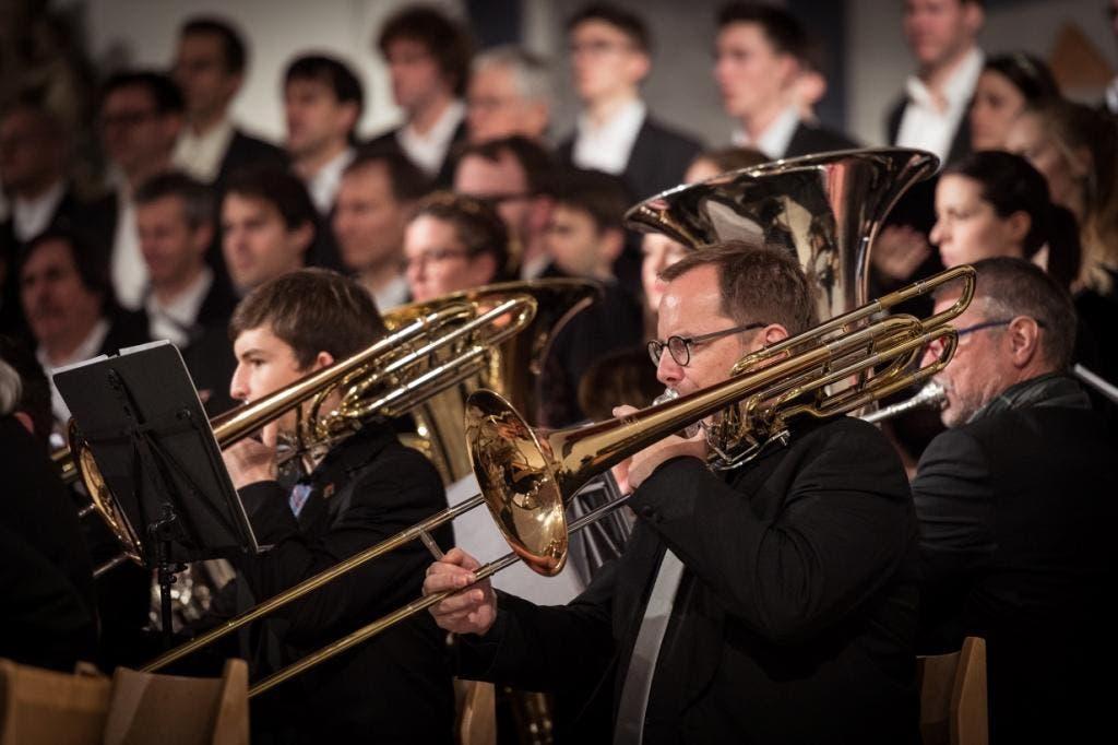 Zwei Chöre und ein Blasorchester in Wettingen
