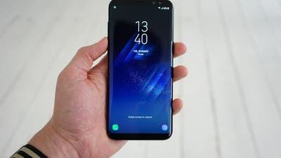 Das Samsung Galaxy S8: Grösseres Display – und trotzdem kleiner als das iPhone 7 Plus