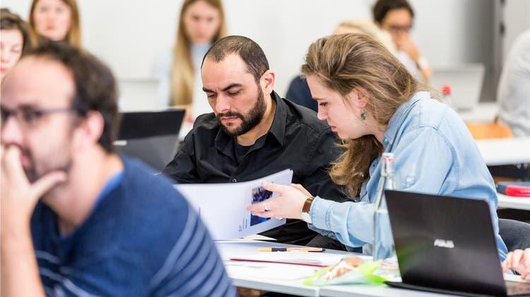 «Egal, wie schwierig es wird» – Salam Isakov, Flüchtling aus Nussbaumen, geht an der Uni seinen Weg