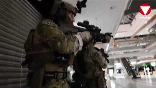 Seltene Aufnahmen: Hier üben Anti-Terror-Einheiten im Einkaufszentrum
