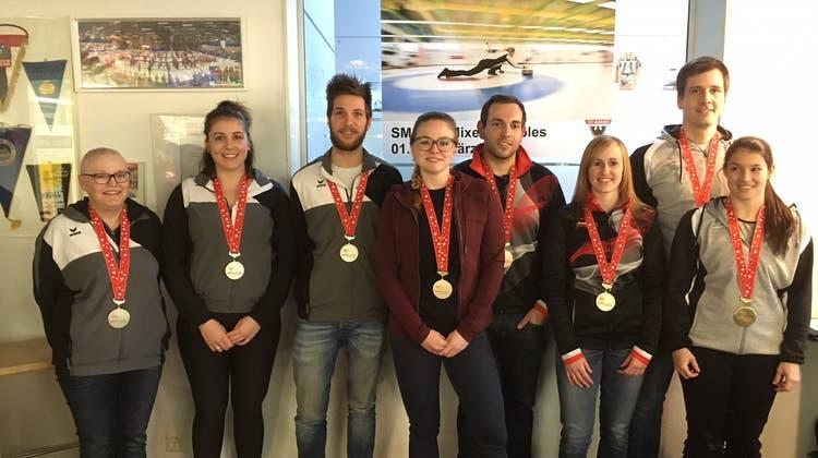 Bern Capitals werden souveräner Mixed Doubles Schweizermeister