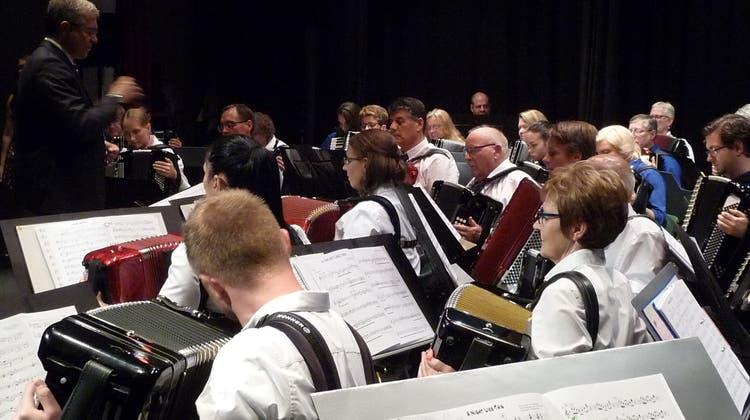 Der Handharmonika Club spielte sich von Höhepunkt zu Höhepunkt