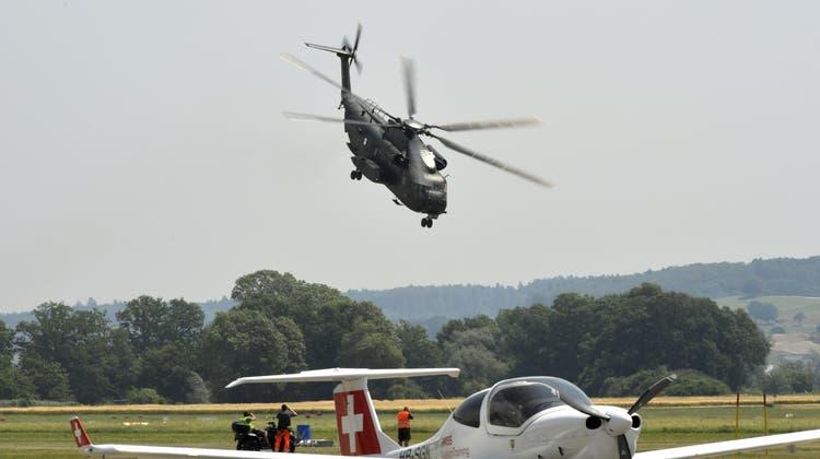 Der Sikorsky CH 53 ist in Grenchen angekommen