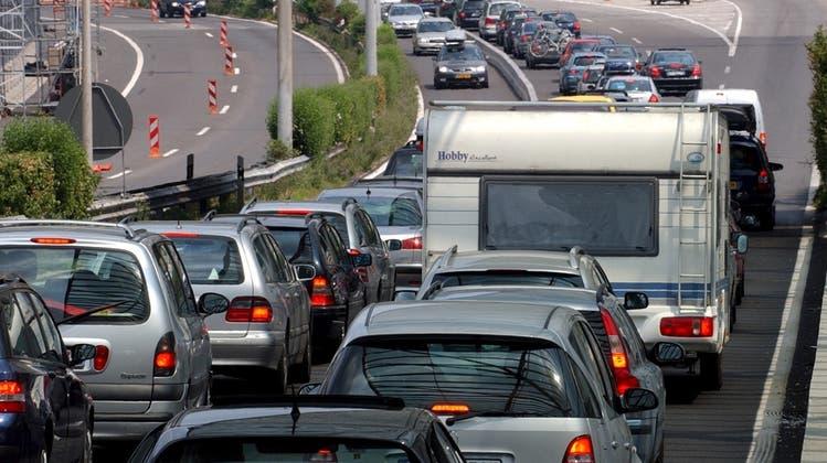 Kein Stau im Radio: Gefährdet «No Billag» die Verkehrsmeldungen?