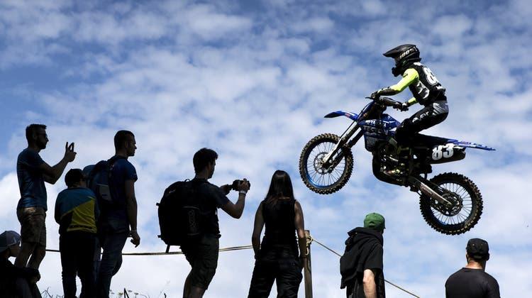 Trotz Unfällen: So spektakulär war das Motocross Muri 2018