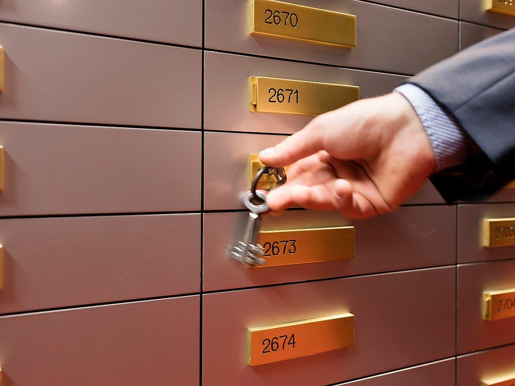Anders als beim klassischen Kundentresorfach einer Bank, sind die Safefächer der Raiffeisen in Basel für die Kunden rund um Uhr über eine persönliche Identifikationsnummer zugänglich. (Themenbild)