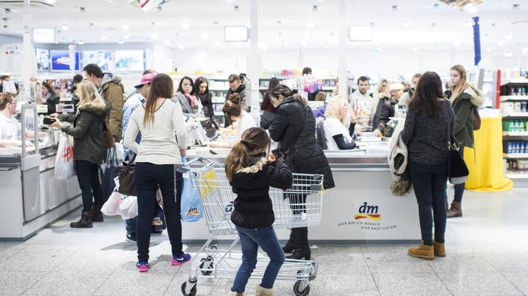 Bund schätzt Verluste durch Einkaufstourismus auf über 500 Millionen Franken