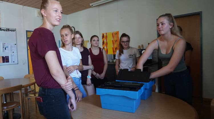 Jetzt starten die neuen Lehrlinge – im Kantonsspital war schon der erste Arbeitstag streng