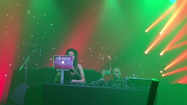 DJ Fame sorgte zu Beginn für Stimmung