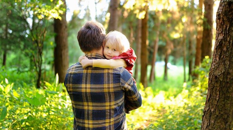 Frau weg, Kind weg — Vaterrecht weg? Wenn eine Trennung zum Kampf wird