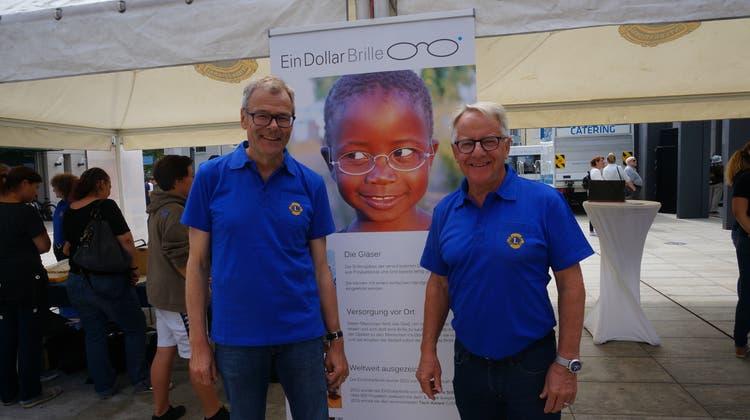 Der Lions Club Limmattal feiert Geburstag - und spendet Ein-Dollar-Brillen für Afrika