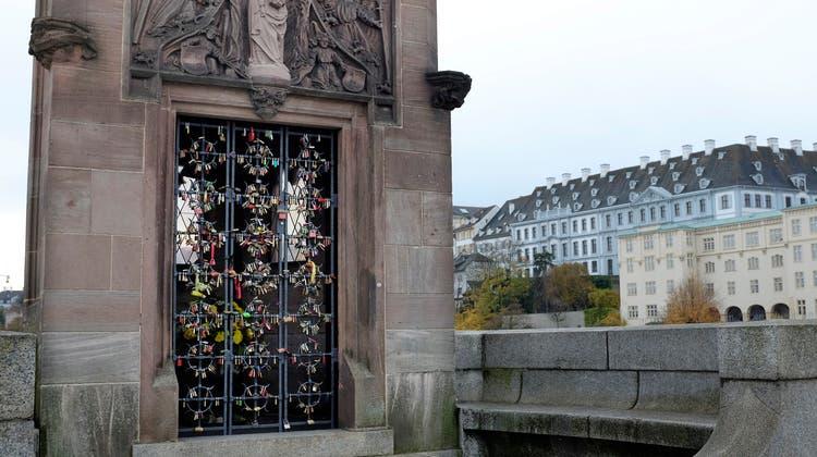 Kein Herz für die Liebe? Basler Regierung entfernt Liebesschlösser