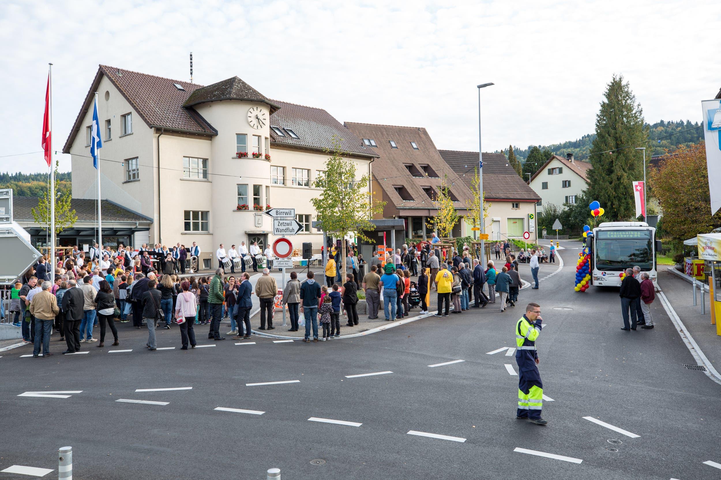 Einweihung Dorfplatz Leutwil