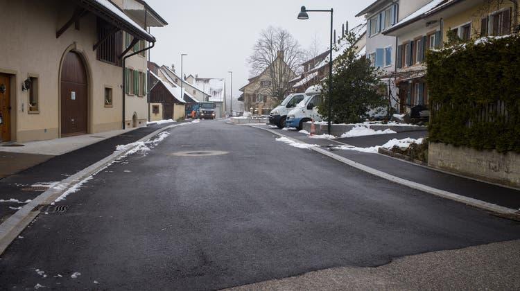 Grosses Weihnachtsgeschenk: Die Hauptstrasse in Seltisberg ist keine «Rumpelpiste» mehr